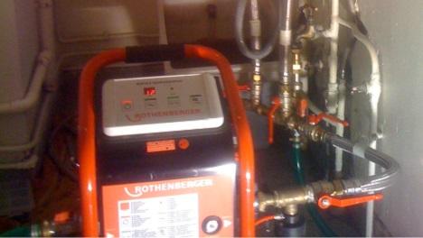 Pompe à désembouer: maintenance et nettoyage des radiateurs et plancher chauffant
